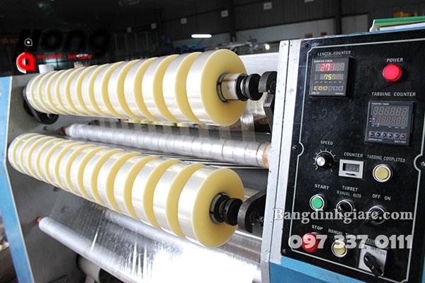 máy sản xuất băng dính đóng gói opp